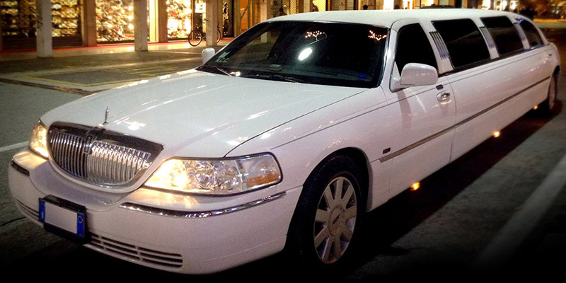 lincoln towncar ottawa limousines